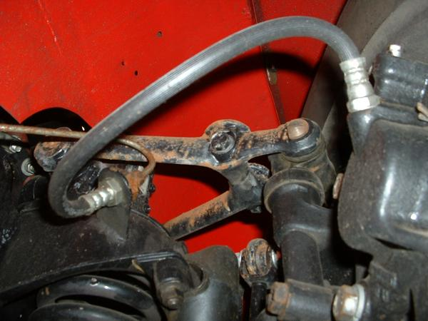 Mgb Brake Line Routing : Brake pipe and hose routing front