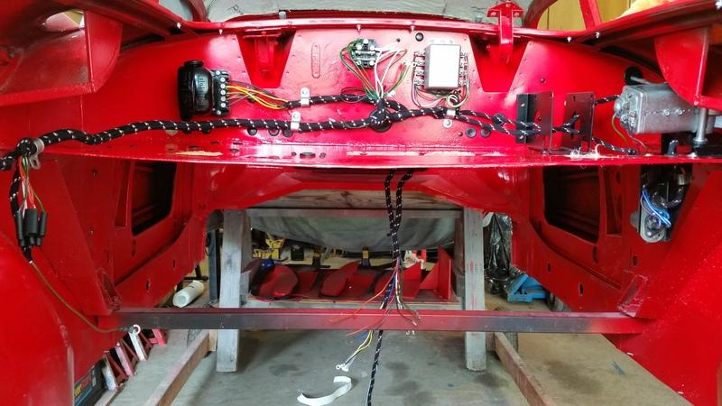 harness800a routing in engine bay, fuel, hydraulic, electric mga wiring harness routing at alyssarenee.co