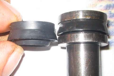 Master cylinder rubber seal variation